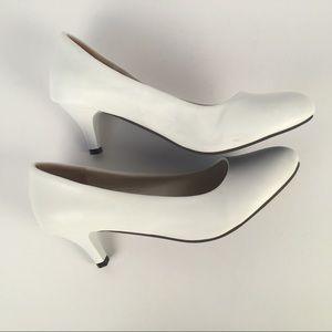 Shoes - Classic White Pumps Women's Size Us (12) EUR 43